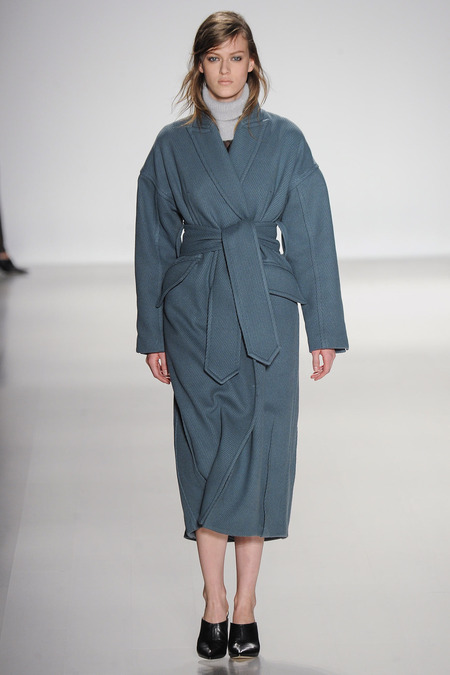 richard chai love robe coat fall 2014